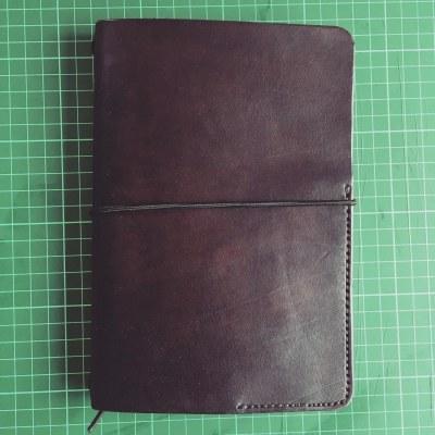 kožený zápisník hnědý.jpg
