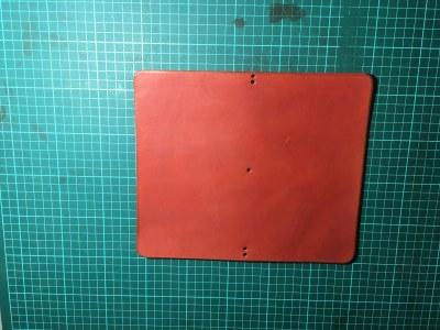 červené desky.jpg