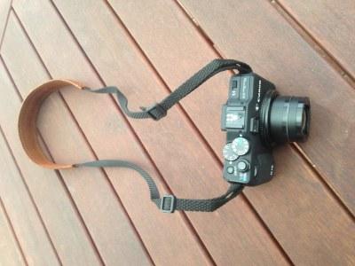 Kožený popruh pro fotoaparát